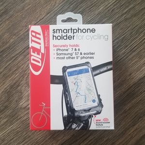 DELTA smartphone holder for cycling